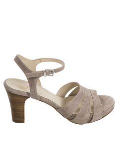 Plateau sandal