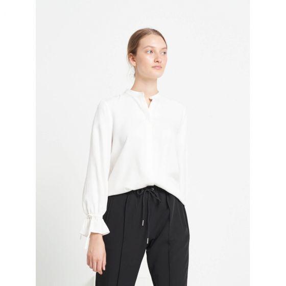 Pralenza Maribel shirt - Snow White, Bruuns Bazaar